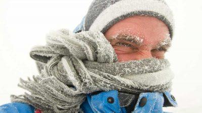 Si te duelen los dientes al respirar el aire frío del invierno puedes tener sensibilidad dental