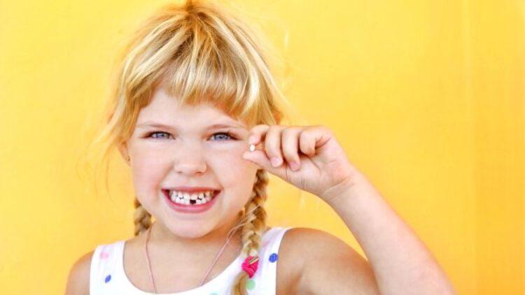 Anquilosis dental: qué es y qué síntomas presenta